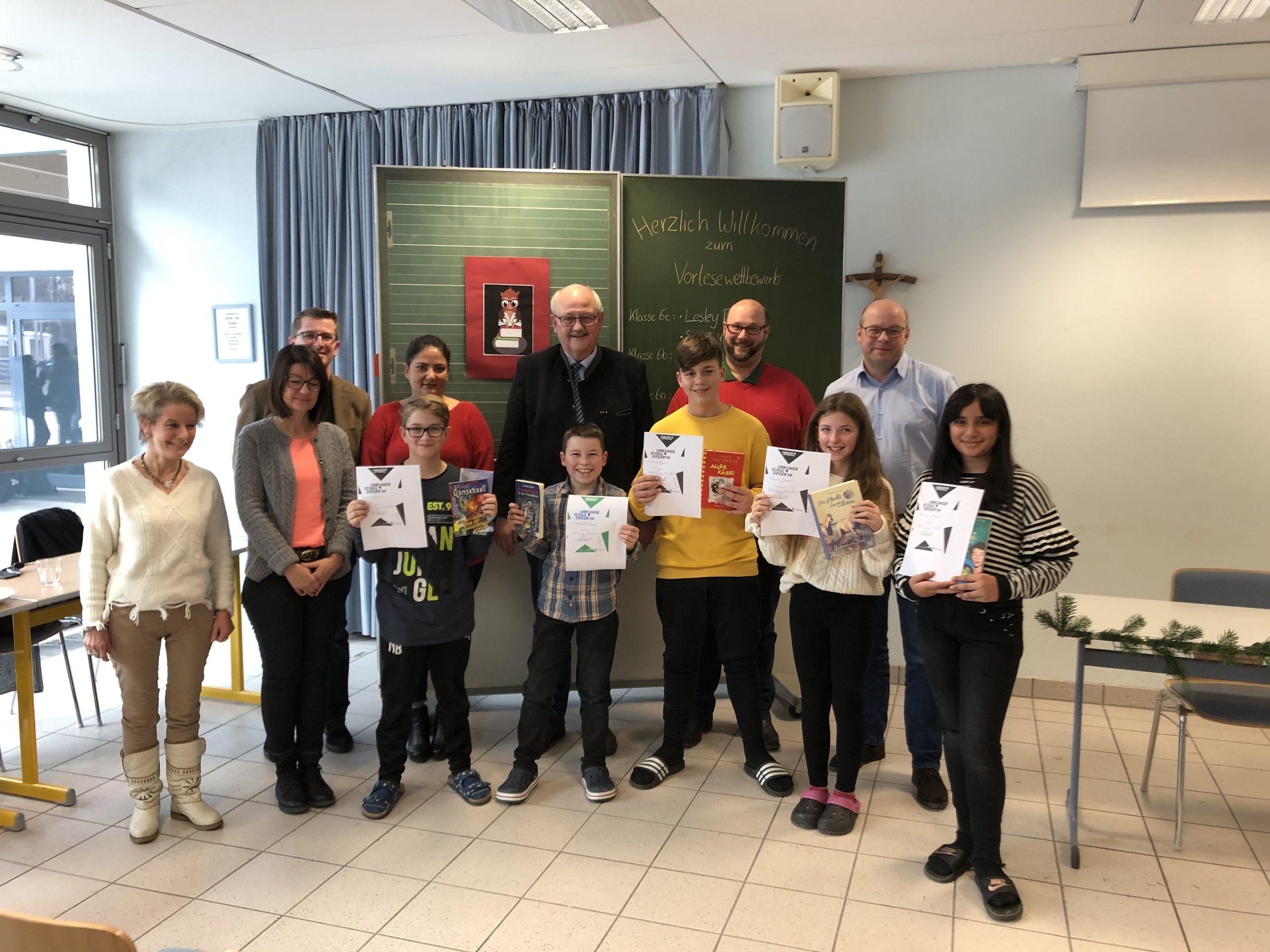 Vorlesewettbewerb an der Weiß-Ferdl-Mittelschule Altötting