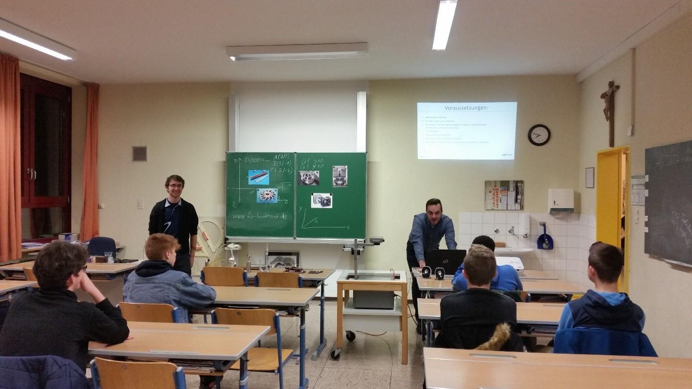 Berufsinformationstag an der Weiß-Ferdl-Mittelschule